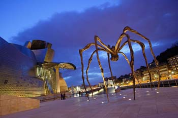 <b>Spain, Bilbao</b>, Maman sculpture at Guggenheim Museum