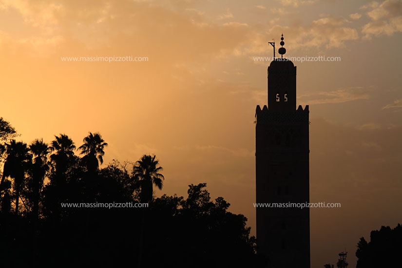 Morocco, Marrakech, Minaret of Koutoubia Mosque at sunset