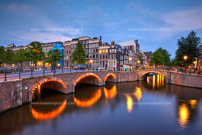 Netherlands, Amsterdam, Typical canal at dusk