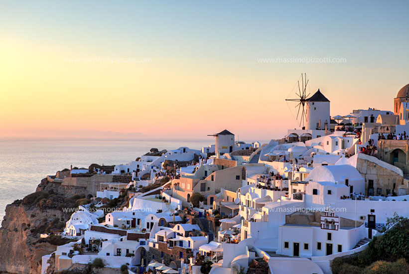 Greece, Santorini, Sunset in Oia