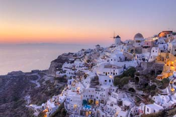 <b>Greece, Santorini</b>, Sunset in Oia